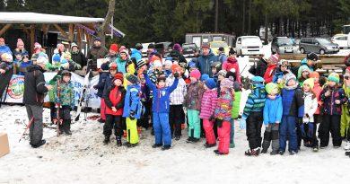 Thüringer Landesfinale Grundschulwettbewerb Skispringen in Heubach